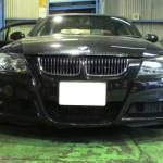 BMW・E90リヤパワーウィンドー閉まらない点検
